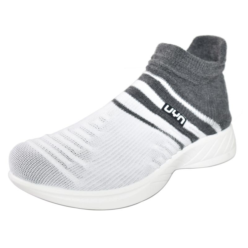 Da Hobby Sport Roma scarpa calzino UYN grigio e bianca