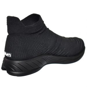 Da Hobby Sport Roma scarpa calzino donna UYN nera con suola nera
